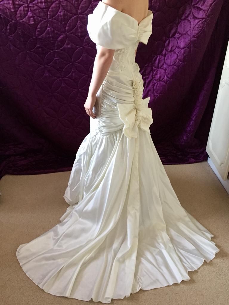 CV13 6HL - Pronuptia Wedding Dress in champagne colour | in Nuneaton ...