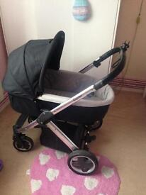 Baby style oyster travel system