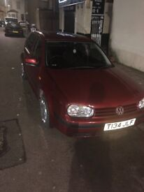 Auto low mileage golf 1.6