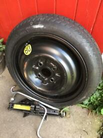 Toyota Yaris space saver tyre & jack
