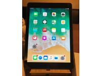 iPad Air 16GB WiFi and 4G - Mint condition - Boxed