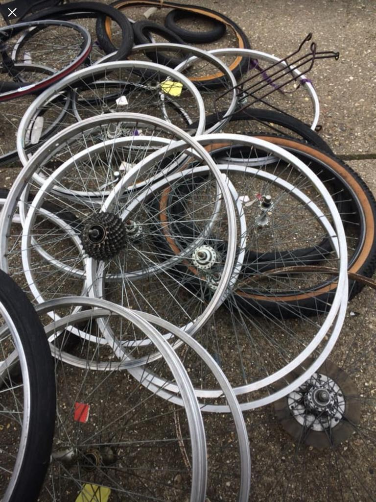 Bicycle Parts Wheels Tires Racks 75 Or Near Offer In Isleworth London