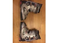 Tecnica Rival X7 Ski Boots Mens size 9.5 with Ultra Fit Technology