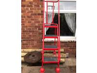 Mobile steps industrial warehouse ladders