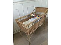 Gorgeous Sturdy Natural Wicker Vintage Style Baby's Crib / Cot With Mattress , Bedding + Cot Toys