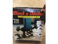 BLack & Decker Router 450w