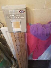 2 venetien blinds