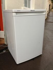 Hotpoint Undercounter Fridge with freezer compartment