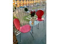 Lovely patio set for sale.