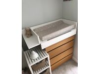 Baby changing table and mat