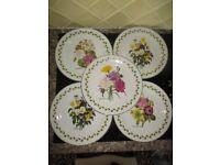 Set of 5 floral plates