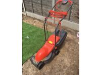 Lawn mower, fly no chevron 32 for sales, 18 months old