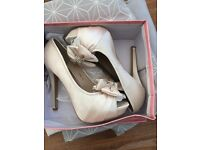 Ivory satin shoes size 6 brand new