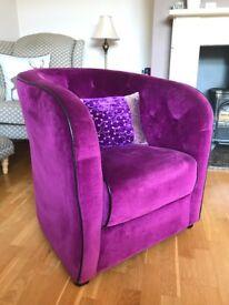 Luxurious Tub Chair & Cushion (Purple)