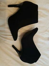 Size 5 Ankle Heel Boots