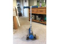 Globber Scooter age 3yrs and up £40