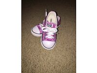 Toddler girls pink sparkle converse size 8
