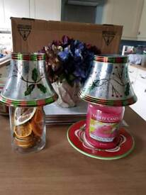 a pair of Xmas glass shades new