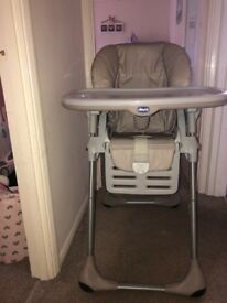 Chicco Polly 2in1 baby/toddler Highchair