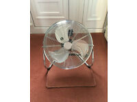 LARGE 18in CHROME FREE STANDING GYM AIR CIRCULATER / ELECTRIC FAN