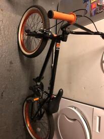 KL 40 UNITED BMX (Orange & Black)