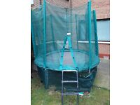 8ft trampoline with skirt, enclosure and ladder.