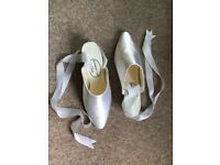 Bridal shoes. Size 4.5 / 37.5 mint condition. Only worn the once. Cost over £100 new.