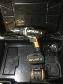 Worx 20v max lithium 4.0Ah comes with two batteries and charger
