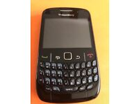 Blackberry 8520 edge wifi for sale in good condition