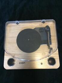 Ion Max LP Turntable built in speakers