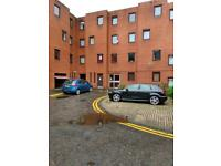 2 bedroom flat in New City Road Glasgow, G4