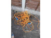 25metre electric hook up lead