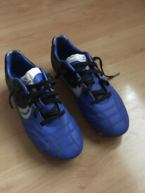 Girls Football Boots, Blue, Size 2
