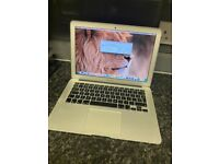 Apple MacBook Air *2017* 13 inch Core i5 1.8 Ghz 8gb Ram 256GB SSD