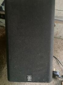 Yamaha SW-P30 Active Powered Subwoofer-Superb Bass
