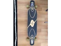 Longboard Loaded Dervish Sama flex 1 Paris trucks, Hawgs Zombie skateboard