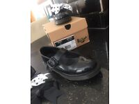 Girls Doc Martens size 4 with detachable bows