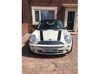 MINI COOPER 1.6 FOR SALE (OPEN TO OFFERS !!!!)