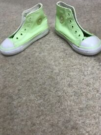 NEW CONVERSE children's trainers UK size 9