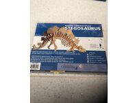 Wooden Construction Kit Stegosaurus (Brand New)