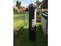 5ft Boxing of Punch bag MadX