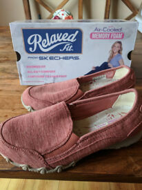 Skechers Memory Foam - Womens Relaxed Fit - UK Size 3 - Worn Once - Brick colour - Bikers - Lounger