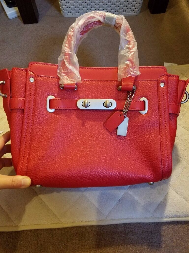 New ladies' pure leather handbag
