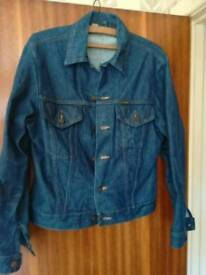 Rare Vintage American made 1960s Wrangler Denim Jacket. Original USA 2 pockets. 36 to 38 inch chest.
