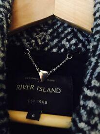 River island coat size 6