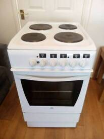 INDESIT ELECTRIC COOKER 50CM WIDE