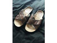 Oakridge Sandals/Flip flops Mens; Size 8