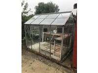 Greenhouse excellent condition