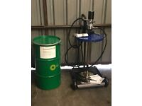 Grease Pump Air Operated 50kg (50kg Castrol bucket included).