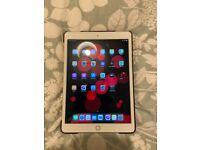 I pad 32GB (7th generation) Gold